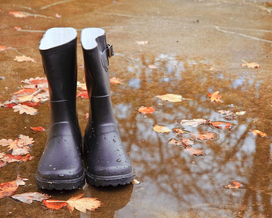 防水加工など水濡れ対策が施されたブーツの関連情報